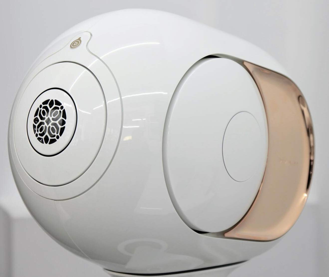 Devialet Phantom - ハイエンドワイヤレススピーカー (認定リファービッシュ品) (4500 Watts) Gold-cr B07JBKCR9G Gold (4500 W)