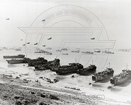 Barrage balloons and shipping at Omaha Beach during the Allied amphibious assault Sports Photo (10 x 8) -