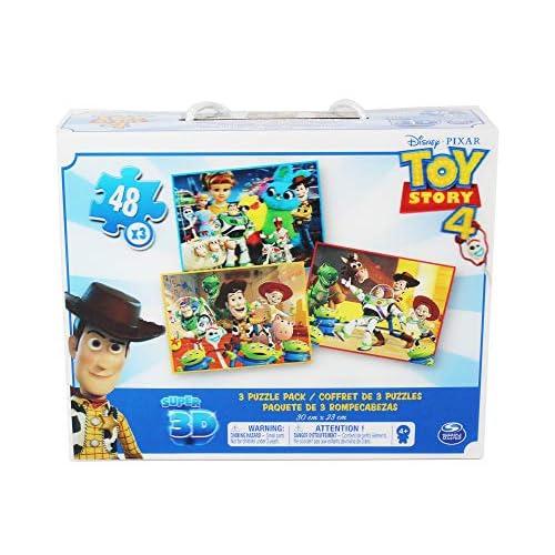 Conjunto de 3 puzles con los personajes de la película Toy Story 4 Los puzles tienen efecto lenticular (3D) y se componen de 48 piezas grandes Las medidas de los puzles son 30 x 23 cm