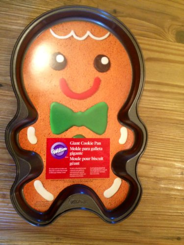 Wilton Giant Cookie Pan Gingerbread Boy (Giant Cookie Pan compare prices)