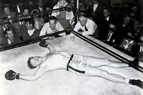 Burt Lancaster 11x17 Mini Poster Boxing Rare pose on canvas floor from Silverscreen