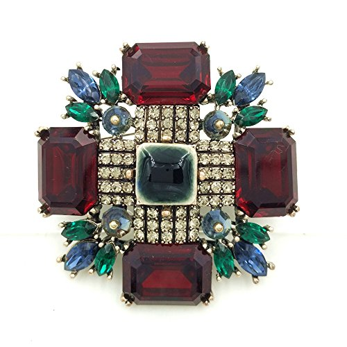- DREAMLANDSALES Antique Faceted Stone Domed Dark Blue Maltese Cross Brooches (Red)