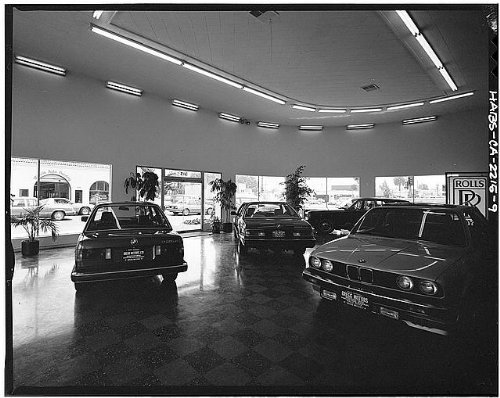 Photo: V.E. Wood Auto Building,315 State Street,Santa Barbara,Santa Barbara - Street Barbara Santa State