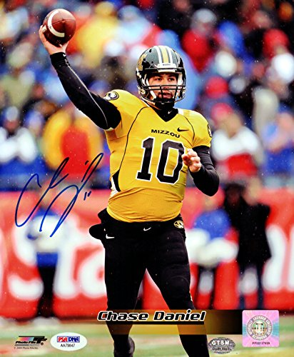 CHASE DANIEL AUTOGRAPHED 8X10 PHOTO MISSOURI TIGERS PSA/DNA STOCK #101406