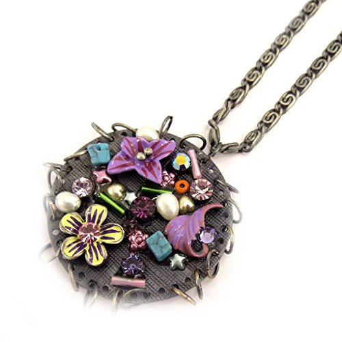 Hermione Costume Pattern (Necklace 'french touch' 'Hermione' round purple.)