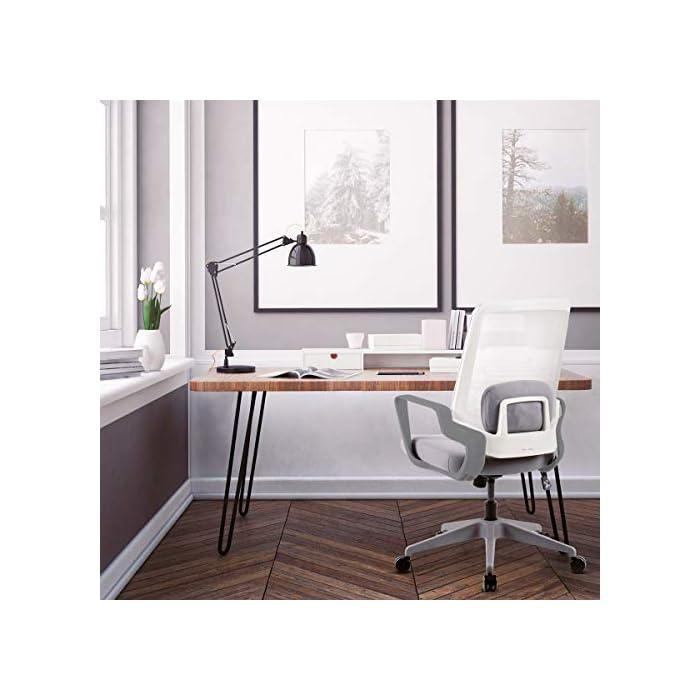 Respaldo ergonómico y cojín incluido Pistón de gas que permite regular la altura del asiento Fácil y sencillo montaje