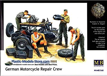 Plastic Model Building Set # 3560 Masterbox 1//35 Scale German Motorcycle Repair Crew