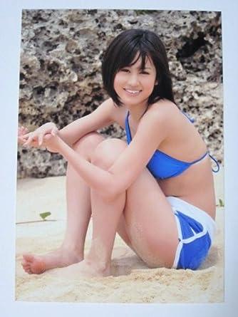 スポーティーな水着の前田敦子