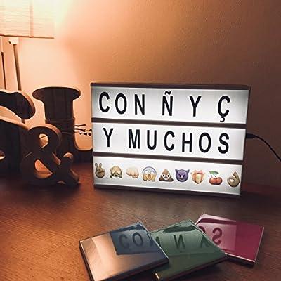 Caja de Luz LED A4 | 85 Emojis & 104 Letras con Ñ & Ç | Regalos originales para Decoración del Hogar: Amazon.es: Iluminación