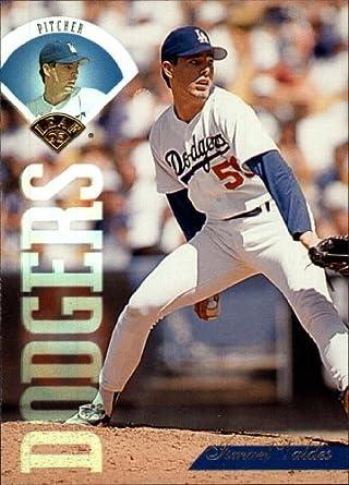Amazoncom 1995 Leaf Baseball Card 13 Ismael Valdes Collectibles