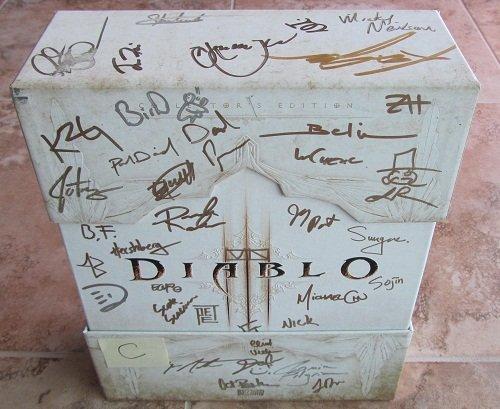 Diablo 3 Diablo III Collector's Edition Signed Autographed Copy (C) (Diablo 3 And Reaper Of Souls Bundle)