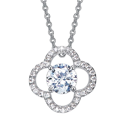 (VERA NOVA JEWELRY Glittering Four Leaf Clover Pendant Necklace Made with Crystals from Swarovski)