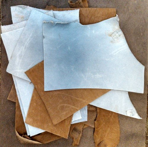 2-lb-assorted-leather-scraps-great-for-crafts