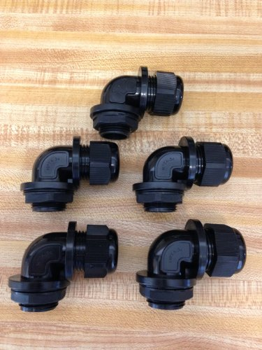 5 Pc 3/4 Inch NPT Black Right Angle Nylon Cable Gland Strain Relief with Gasket and Locknut 5 Pack