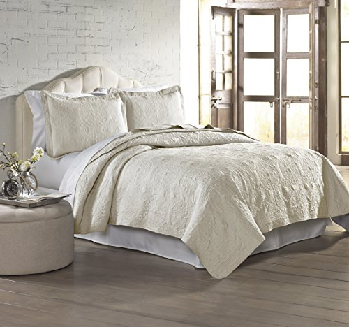 Amrapur Overseas 3-Piece Solid Embroidered Quilted Coverlet Set, King, Ivory