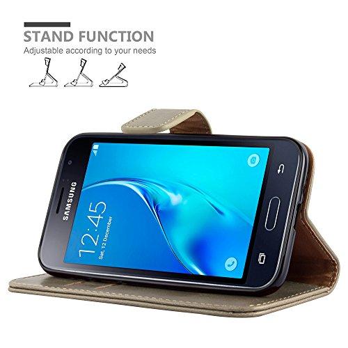 Cadorabo - Funda Estilo Book Lujo para Samsung Galaxy J1 (6) (Modelo 2016) con Tarjetero y Función de Soporte