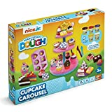 Nick Jr–READY STEADY Dough Cupcake Carousel Cupcake Tower + 5Tubs of Dough and Accessories