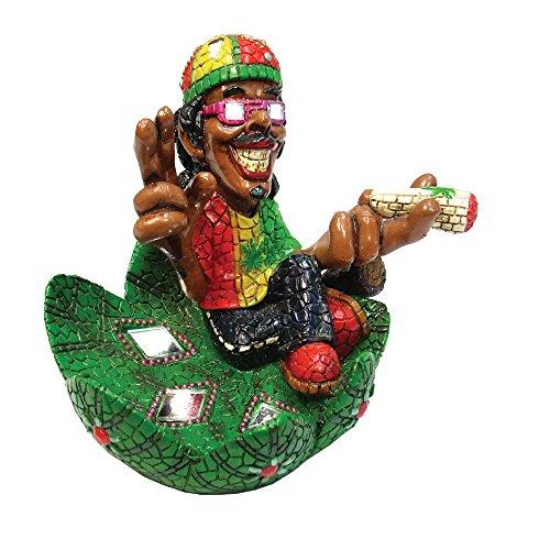 Rasta hombre cenicero–Intricate Hombre Mosaico de Jamaica Figura de poliresina Cenicero