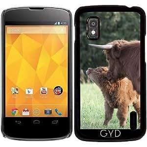 Funda para Google Nexus 4 - Vaca Con Pequeño Becerro by UtArt