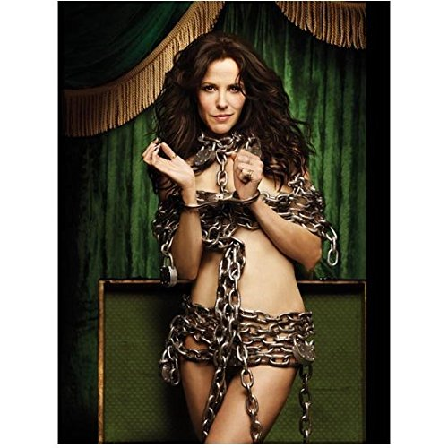 Mary-Louise Parker Ready for a Magic Show All Locked Up in Chains 8 x 10 inch photo ()