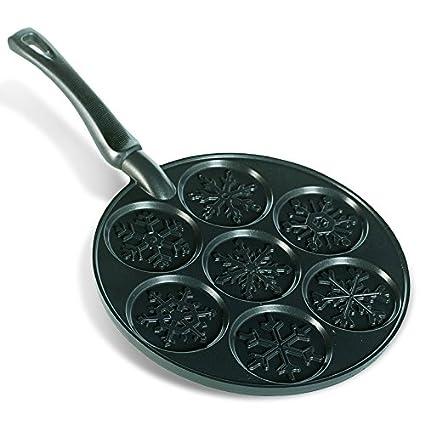 Nordic Ware Holiday Pancake Pan, Black 01965