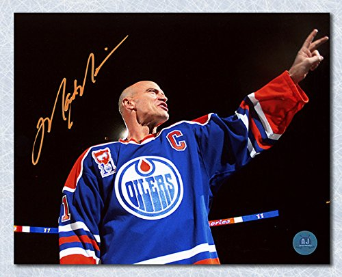 Mark Messier Edmonton Oilers Autographed Banner Retirement Night 16x20 Photo ()