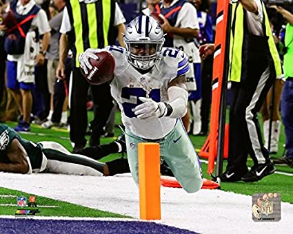 Ezekiel Elliott Dallas Cowboys Action Photo Size: 8 x 10