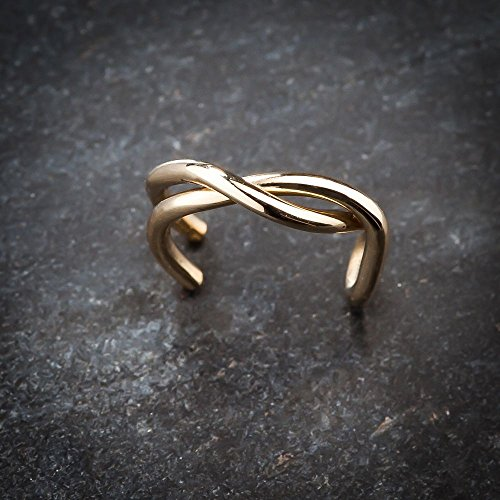 FreshTrends 14K Yellow Gold Twisted Band Gold Ear Cuff by FreshTrends (Image #4)