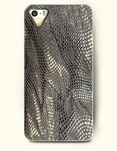 Apple iPhone 4/4S Cover Dim Grey Snake Skin Waves - Hard Back Plastic Case / Snake Skin Print / OOFIT Authentic