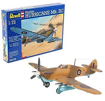 0be45c7c5c15f3 Revell 04144 Hawker Hurricane Mk.IIC Model Kit  Amazon.co.uk  Toys ...