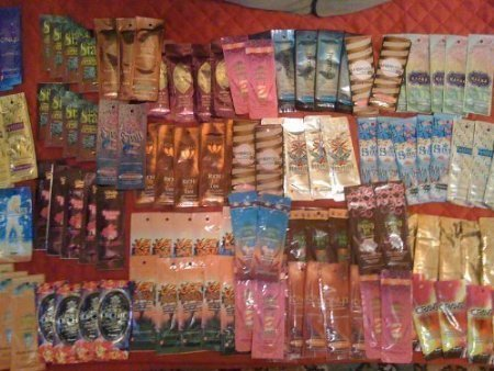 10 NEW ASSORTED INDOOR TANNING BED LOTION PACKETS SAMPLES PACKETTES (Tanning Packets Indoor)