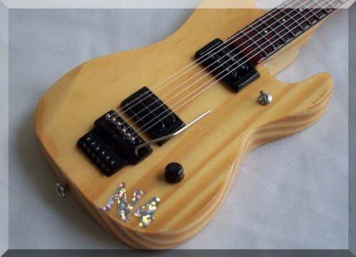 NUNO BETTENCOURT Miniatura Guitarra WASHBURN: Amazon.es ...