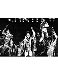 Earth, Wind & Fire in Concert legendary group 8x10 Promotional Photograph