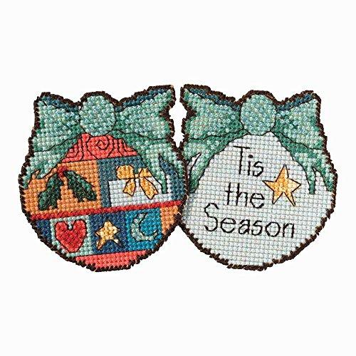 Tis the Season Ornament Beaded Counted Cross Stitch Kit Mill Hill 2017 Sticks ST181711 ()