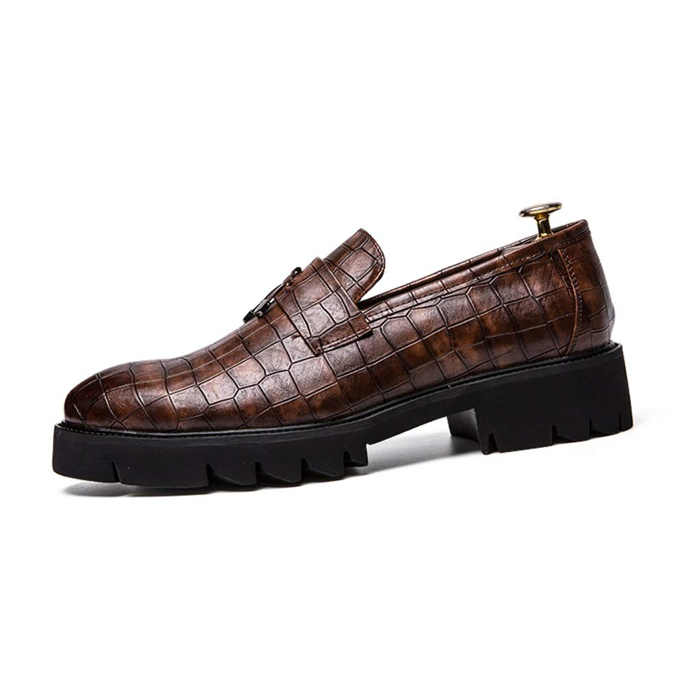 Scarpe da Uomo Uomo Uomo d'Affari da Uomo con Punta a Punta Spessa Bottom Splicing Design Tassle Decorated Slip On Formal scarpe Scarpe da Cricket 6986c3