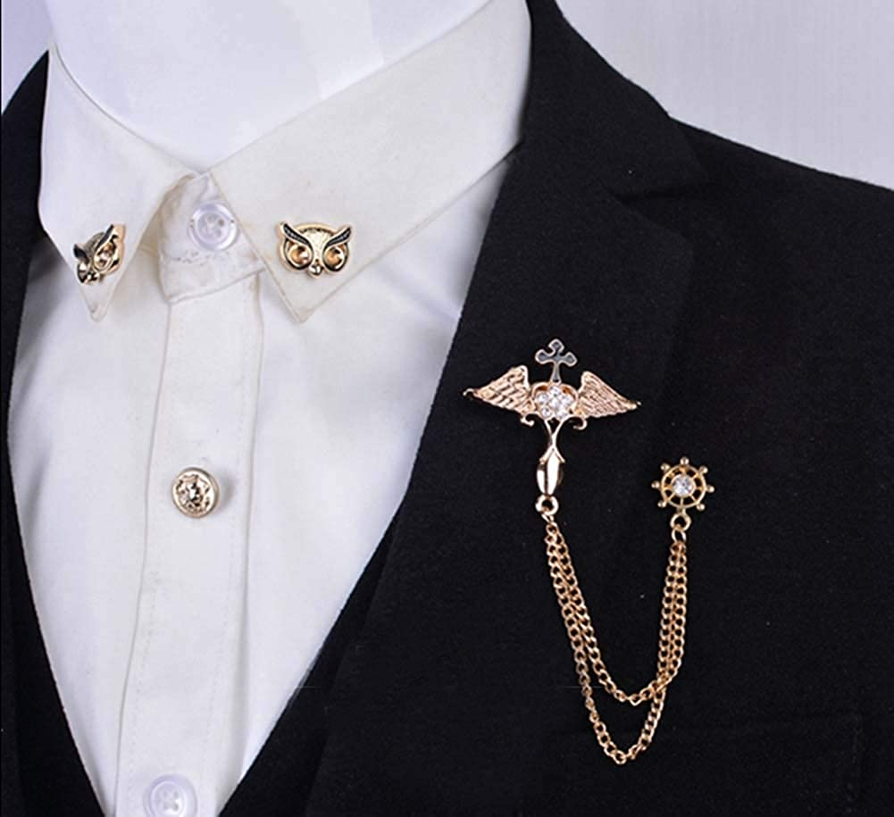 Ala de ángulo retro con camisa de traje de diamantes de imitación ...
