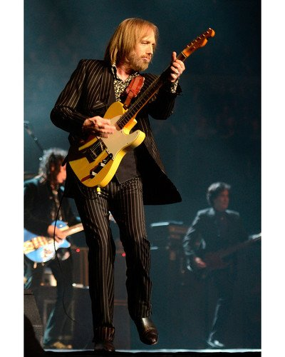 Tom Petty and the Heartbreakers in concert London 8x10 Promotional Photograph