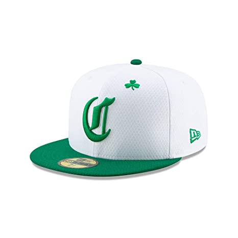 best sneakers 5f2e4 36f4c New Era Men s Cincinnati Reds White Kelly Green 2019 St. Patrick s Day On-