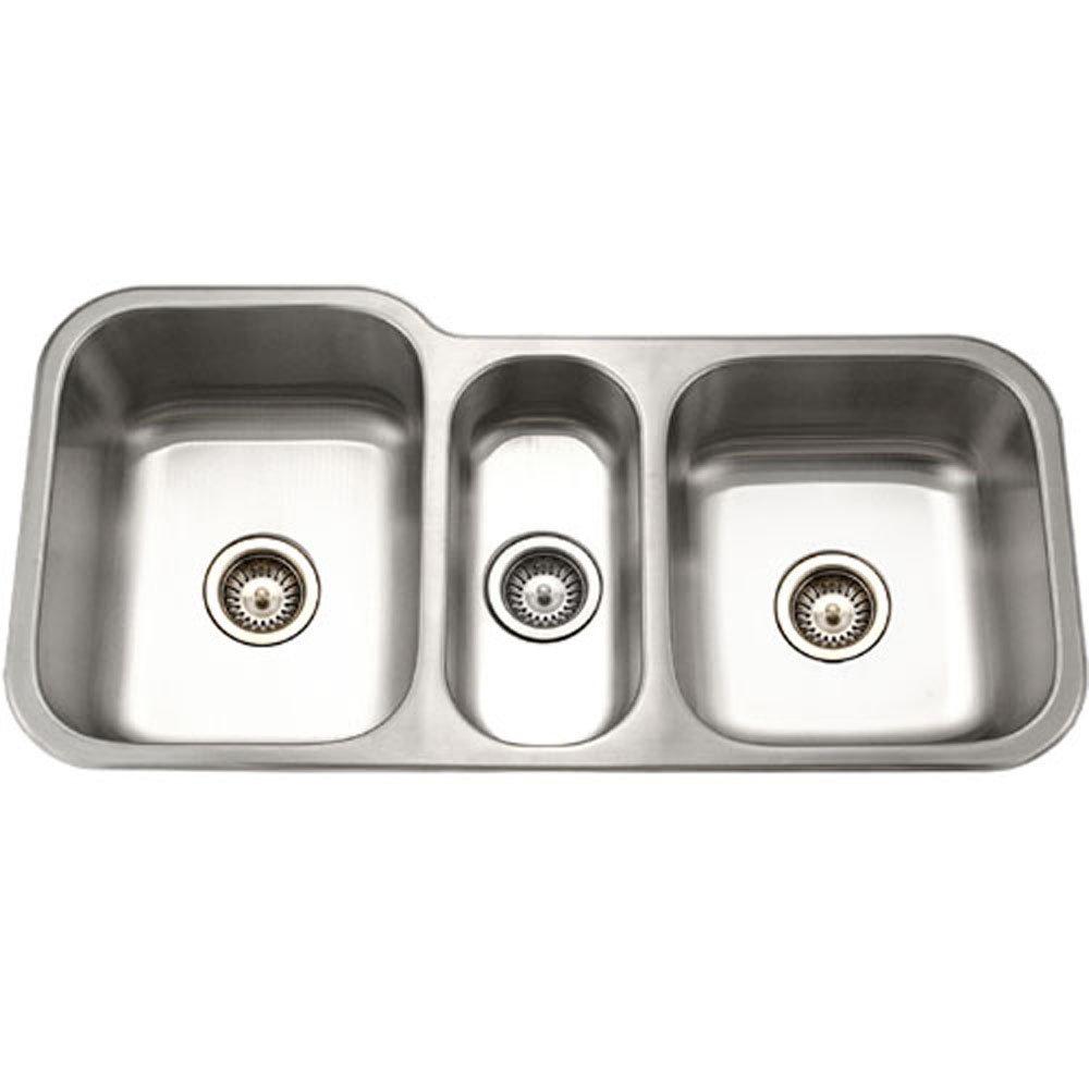 houzer mgt 4120 1 medallion gourmet series undermount stainless steel triple bowl kitchen sink   kitchen sinks undermount triple basin   amazon com houzer mgt 4120 1 medallion gourmet series undermount stainless      rh   amazon com
