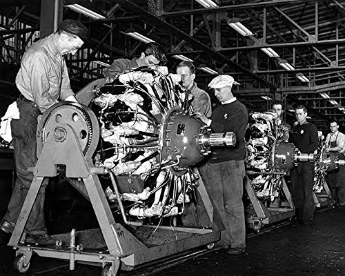 1943 Buick WWII Radial Bomber Airplane Engine Factory Photo