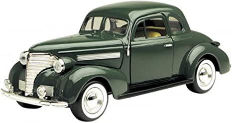 Amazon Com 1939 Chevy Coupe Green Motormax 73247 1 24 Scale Diecast Model Toy Car Home Kitchen