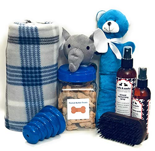 New Wolfe & Sparky's Deluxe Blue Dog Gift Set Includes a Classy Dog Blanket, 2 Bottles of Wolfe & Sparky Natural Grooming Products, Healthy Peanut Butter Dog Treats, 2 Toys, and a Wooden Brush!!! ...