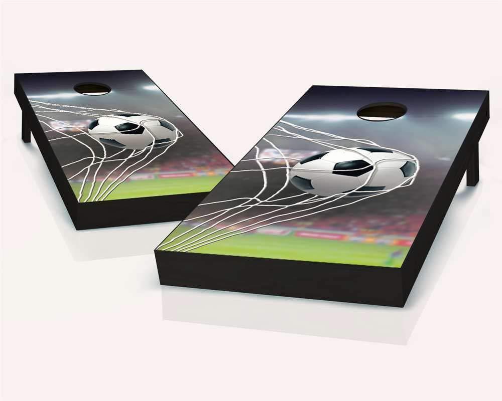 フローティングポン スペシャルティ 2x4 コーンホールボード 250+ デザイン 木製 規定サイズ コーンホールセット B07JJVPHC5 Soccer Goal 3. Corn Filled Bags + Black Carry Case