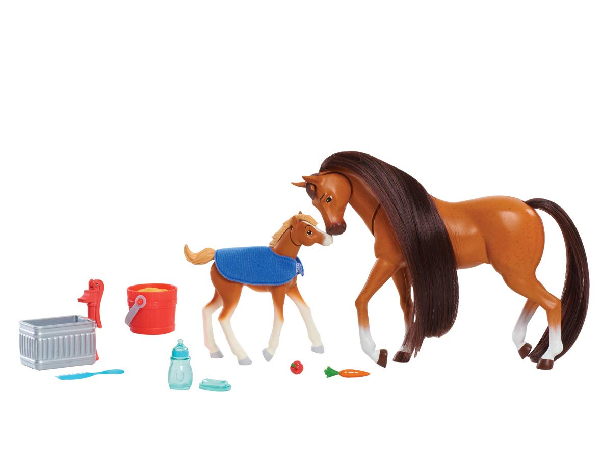 Feed and Nuzzle Toy Dreamworks Spirit Mother /& Foal Set