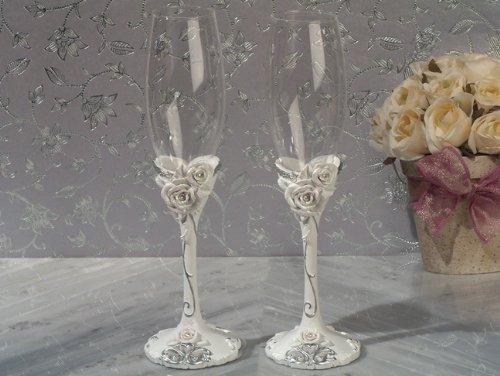 Elegant Rose Collection Flutes Set (Groom Design Toasting Flutes)