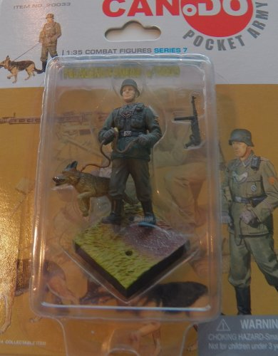 (MG42 Heavy Machine Gun Team Series 7 Figure B [Uniform w/Dog] - Can Do Pocket Army 1:35 Scale Combat Figure)