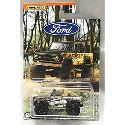 Matchbox 2020 '72 Ford Bronco 4 X 4 ( Sky Jacker ) ( Black / TAN TOP ): Toys & Games