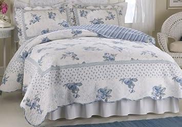Amazon.com: American Traditions PQW1406BKG-1100 Rose Blossom Blue ... : american traditions quilt - Adamdwight.com