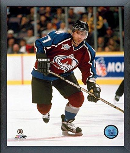sports shoes 2a156 09a72 Amazon.com : Ray Bourque Colorado Avalanche NHL Action Photo ...