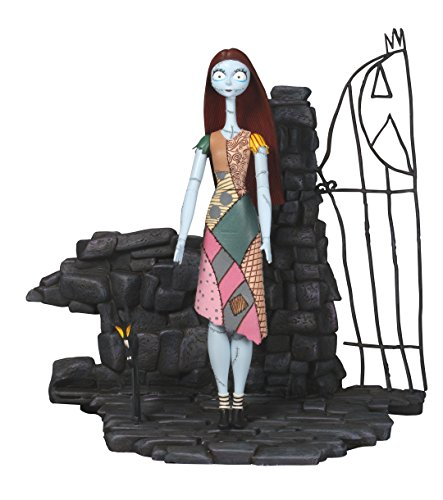 Diamond Select Toys Nightmare Before Christmas: Sally Select Action Figure